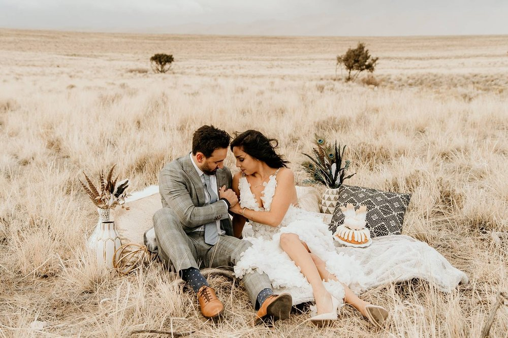 "CoutureColorado.com - December 2018""This wedding styled shoot features southwest black, white, and gold decor at the one and only Great Sand Dunes National Park. """