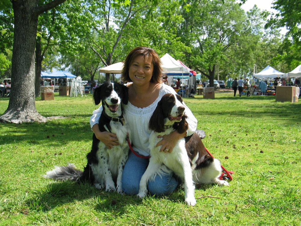 ...going on outings. This was an English Springer Rescue outing. I got to meet up with my foster mom.