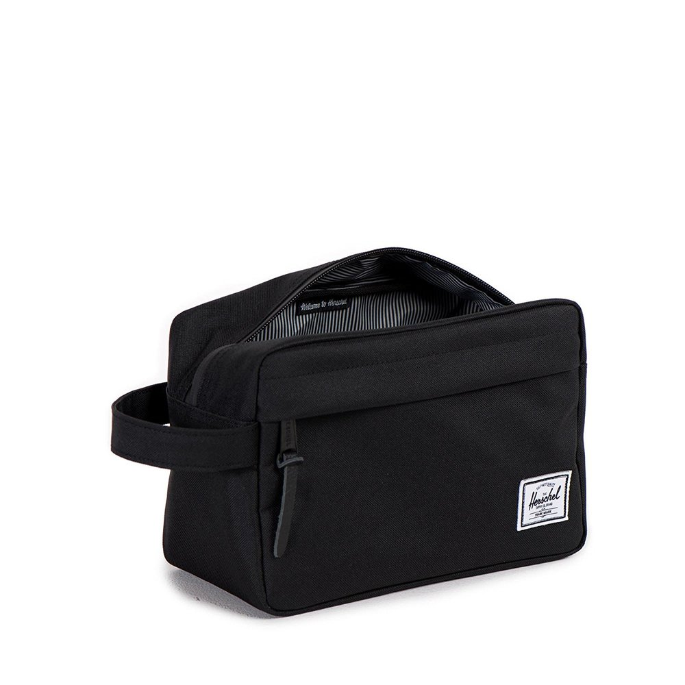 HERSCHEL SUPPLY TRAVEL KIT - Every guy needs a good dopp kit. This one happens to come in tons of different color options!