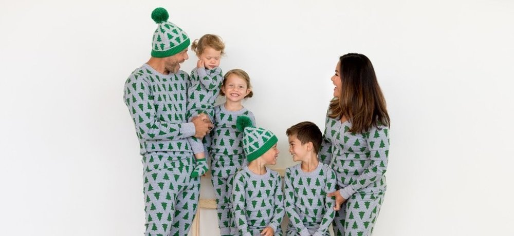 Hanna Andersson's #HANNAHJAMS are some of the cutest around.  So many different Christmas styles for the whole family!