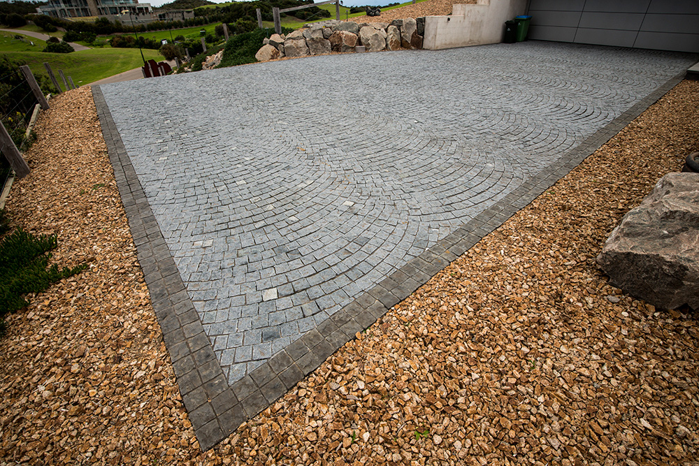 Work_Portsea_CornerCobbles