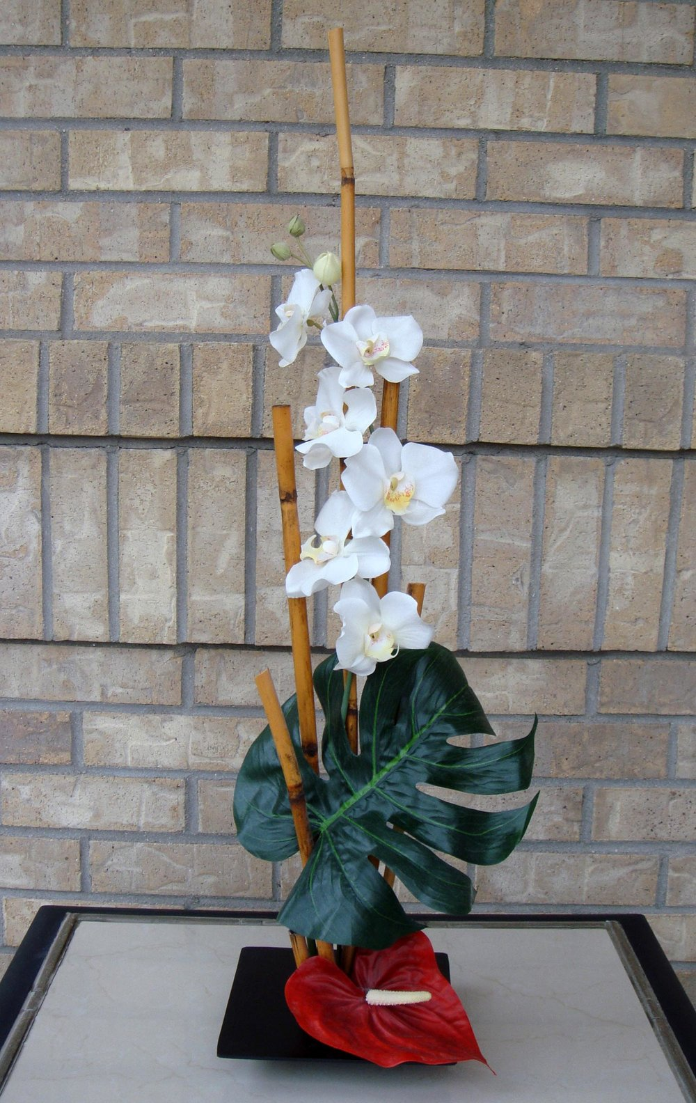 event decor, ikebana arrangement - silk and dried flowers