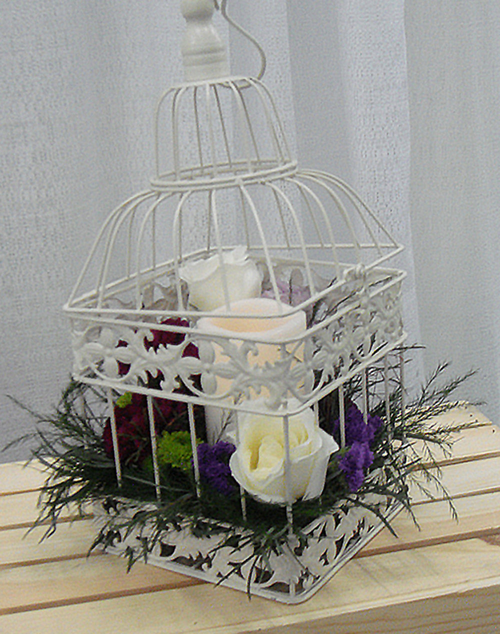 reception / event table centerpiece or accent decor - fresh flowers w/candle in birdcage (can hang or sit on table)