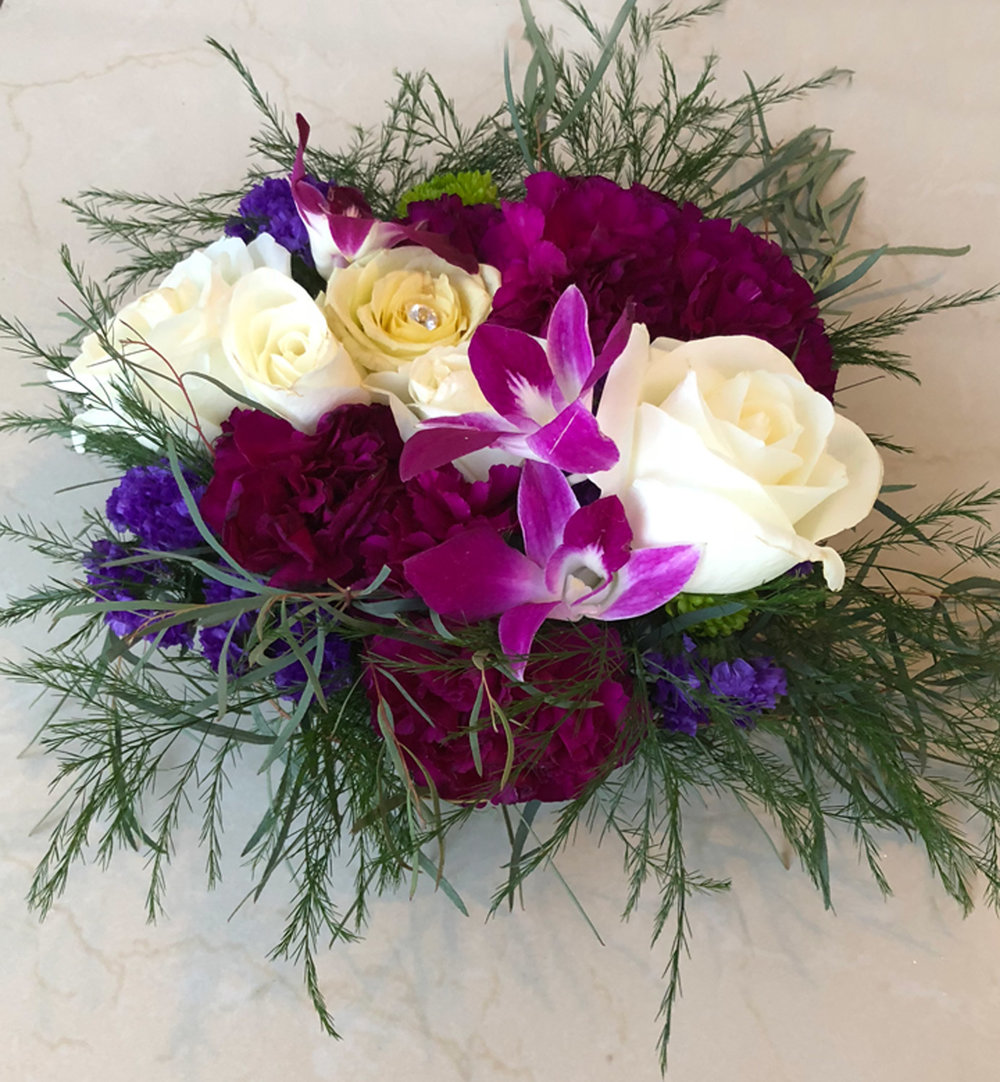 low profile vase arrangement for table centerpieces or accent decor - fresh flowers