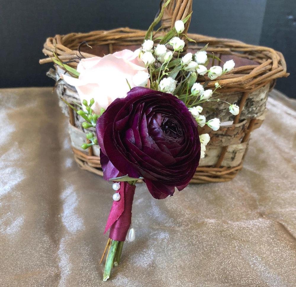 groom boutineer - fresh flowers with satin ribbon wrap