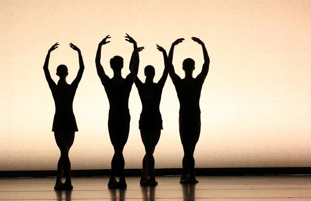 4_Marimba_Dances_c__W._Hoesl.jpg