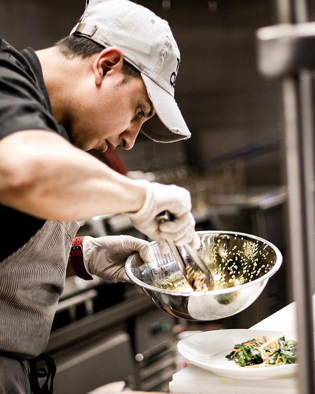Giving some hope for those who got dreams and goals🌎 just put it into the universe🌌 and work hard, never give up💪🏻 Our Executive Chef words @chef_andy_one 👨🏻‍🍳#SuyoNYC #TheBronx #suyogastrofusion #cocktailbar #nyc #Restaurant #Changingthebronx #NewMenu