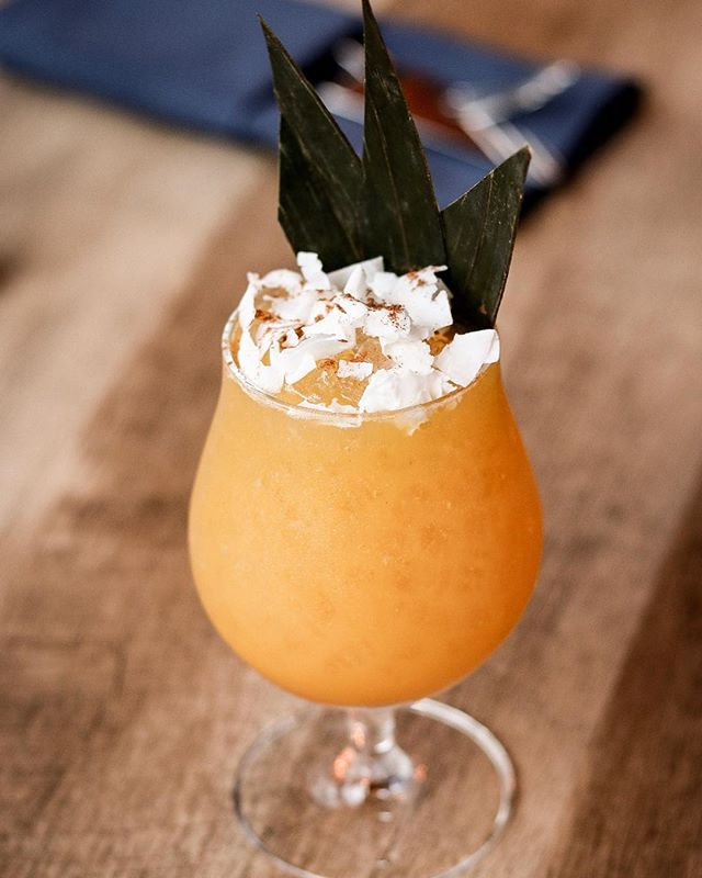 Celebrate #NationalRumDay with us🥃 and our exquisite #BoogieDownSwizzle made with #Bacardi8 🤤 and last but not least DON'T FORGET TO SHARE IT 🙌🏻‼️⏰ #SuyoNYC #TheBronx #suyogastrofusion #cocktailbar @bacardiusa #nyc #Restaurant #Changingthebronx #Newmenu #mixology #tikicocktails