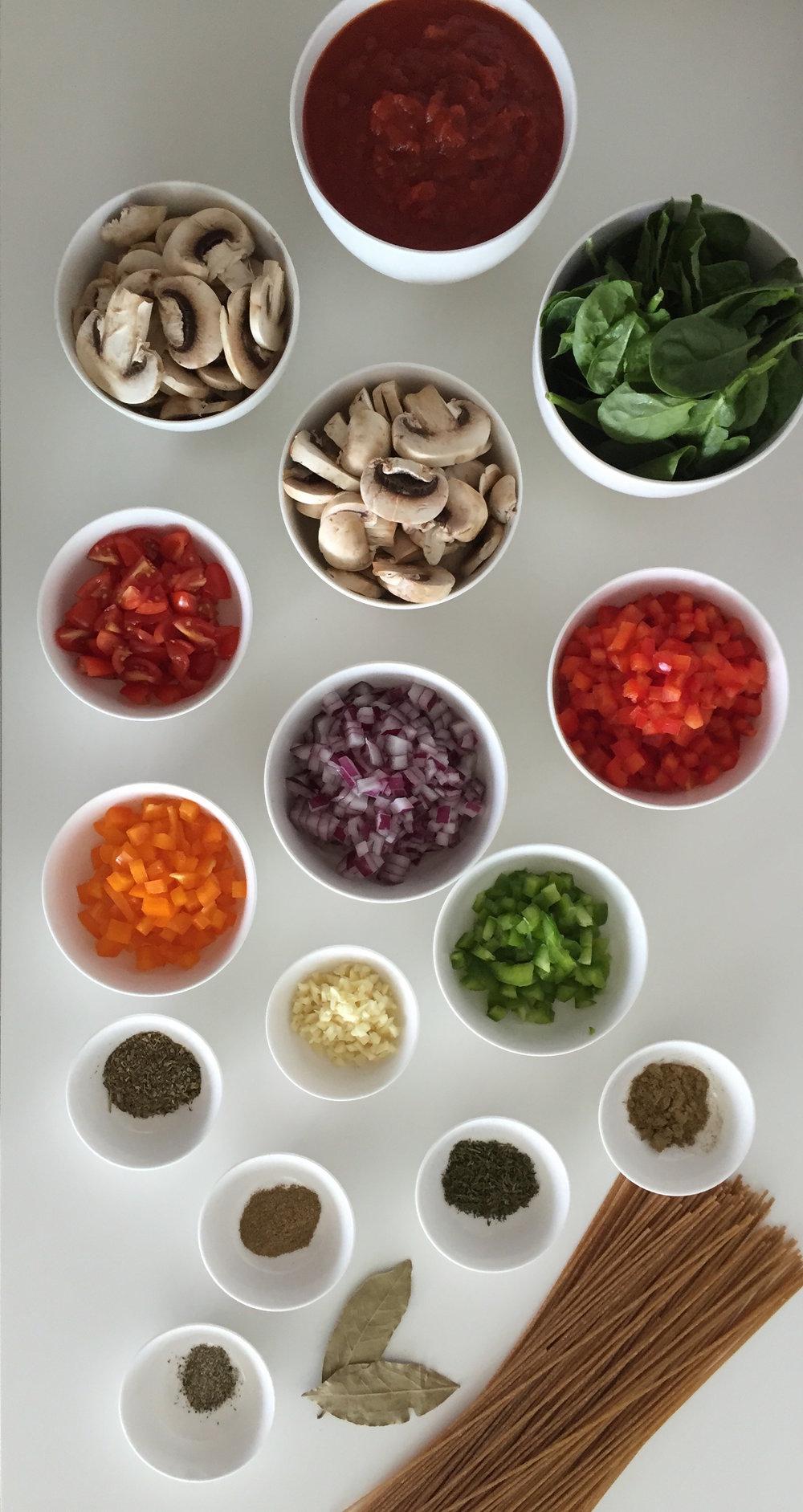 Ingrdientes Pasta Salsa Roja con Zetas y Espinacas Con Salsa y Espinacas Blog