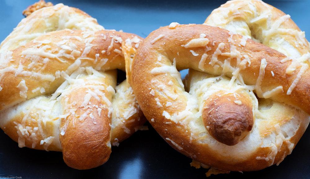 croque-monsiur-stuffed-pretzels.jpg