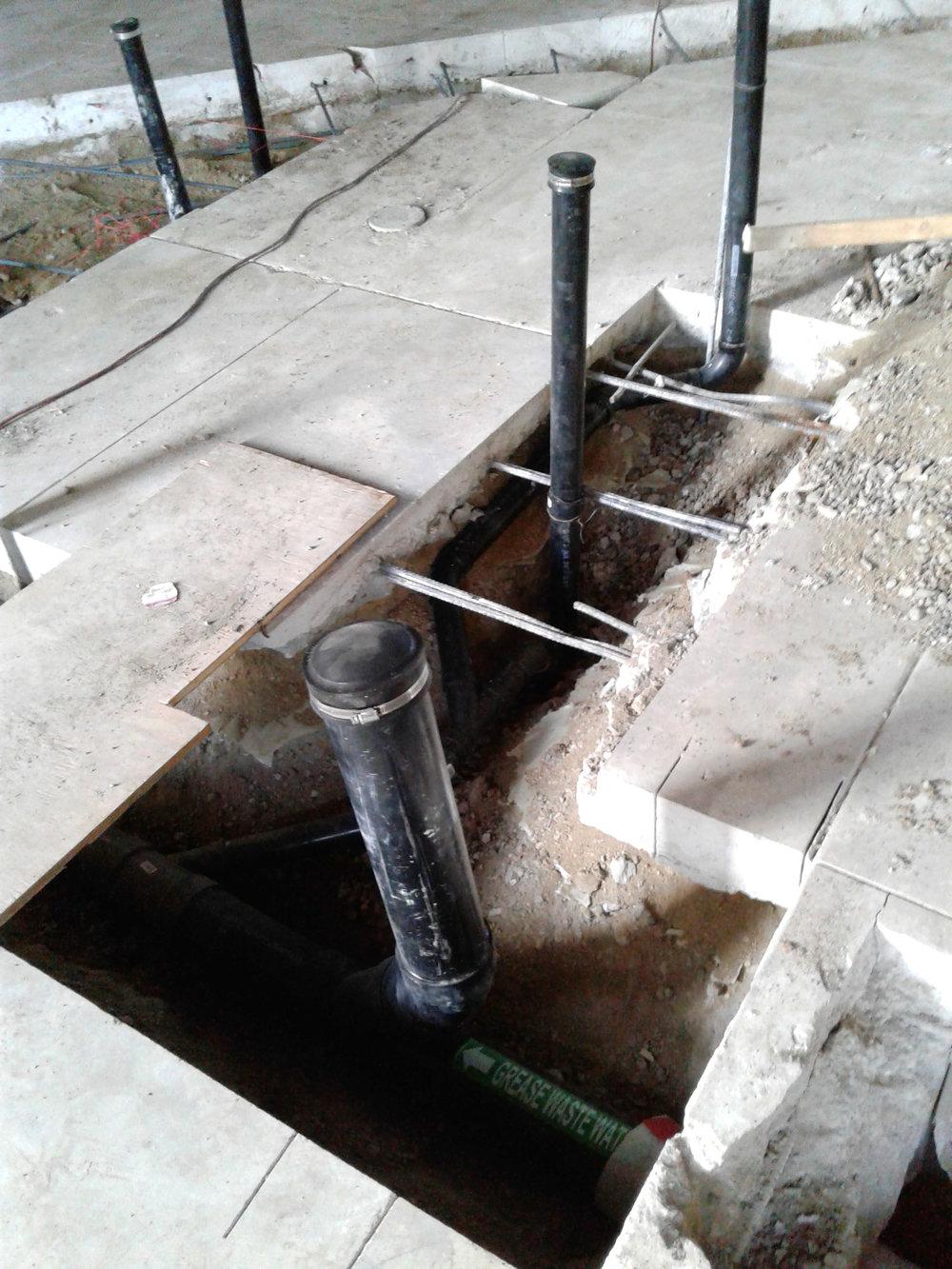 rcs-commercial-construction-plumbing-burger-im-1f.jpg