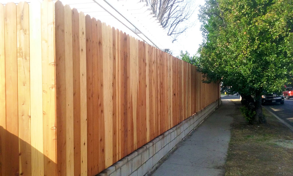 rcs-residential-construction-wood-fence-2a.jpg