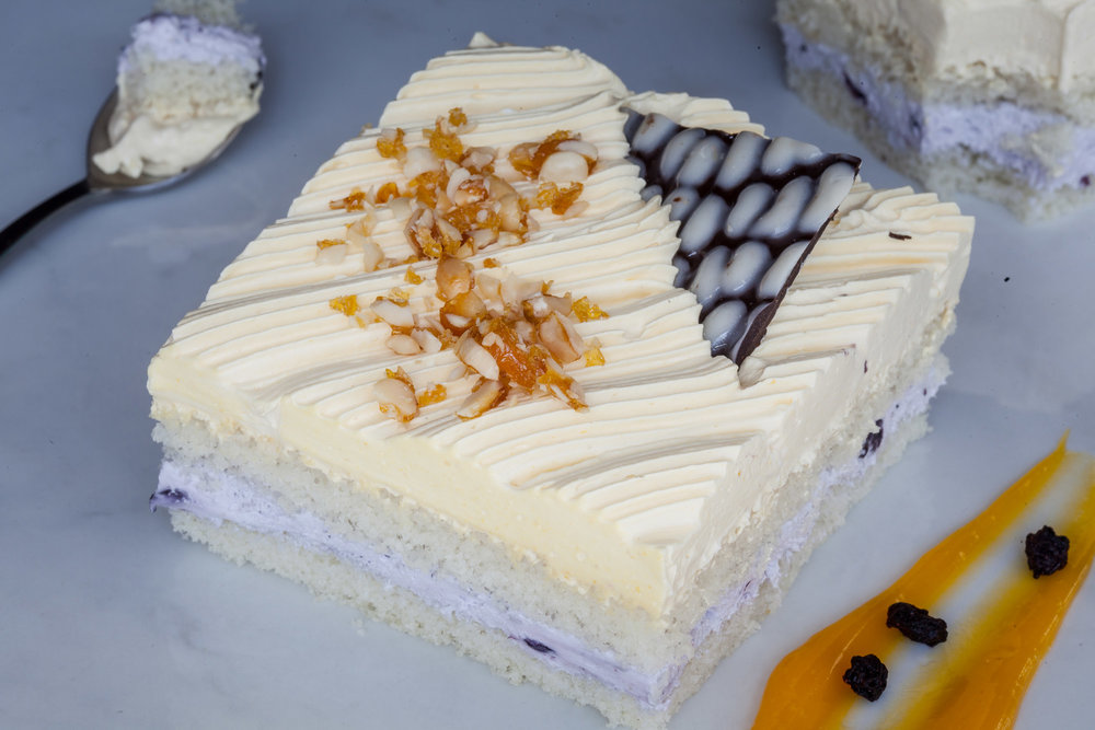 _18FM02825_Mango Blueberry Pastry (Eggless).jpg