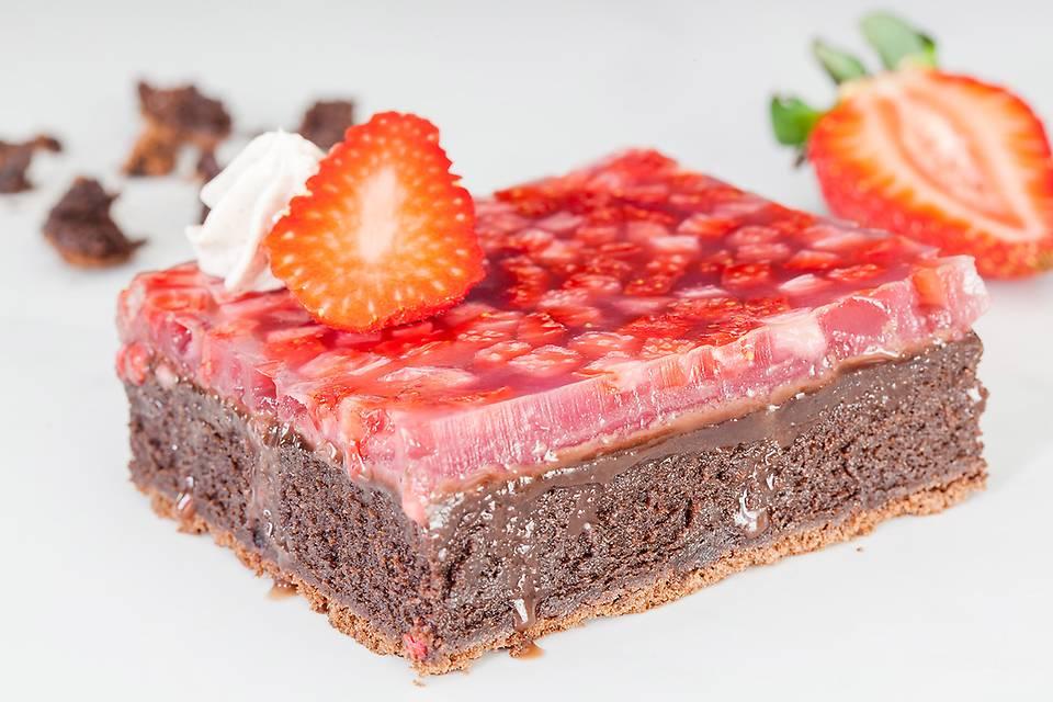 Strawberry Jello Brownie