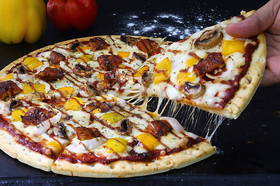 woodsman pizza.JPG