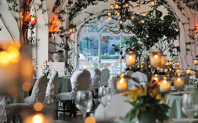 gallery-restaurant-lesirenuse-positano-01_d_0_0_851.20160212130933.jpg