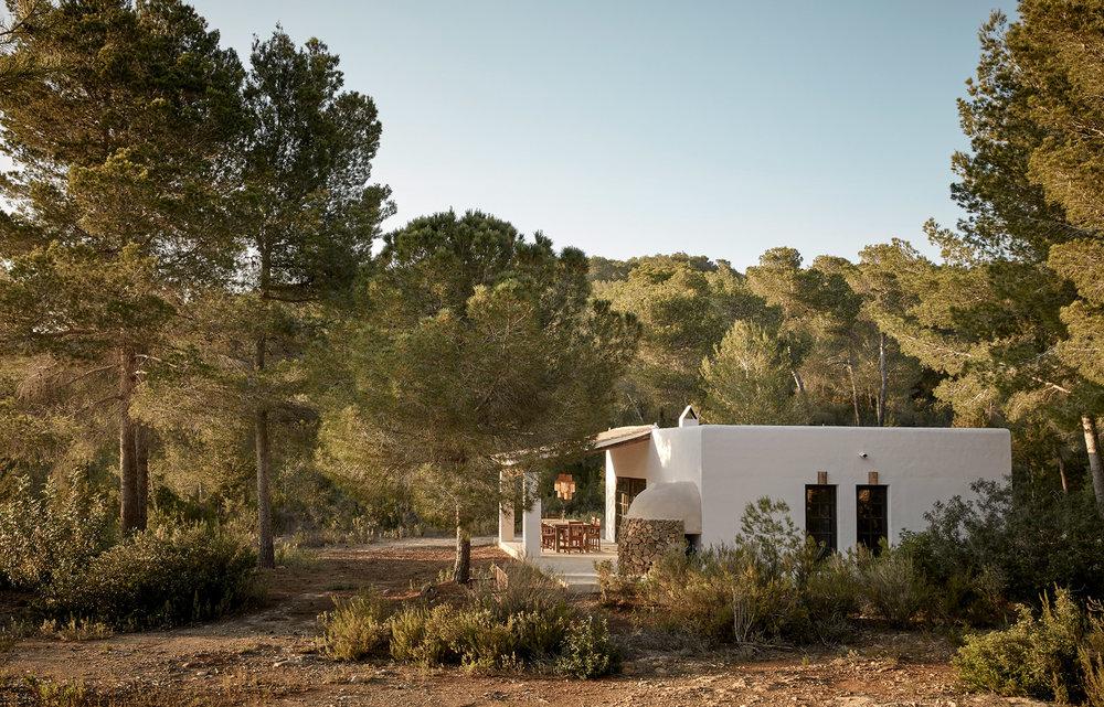 la-granja-ibiza-guesthouse-009-01.jpg