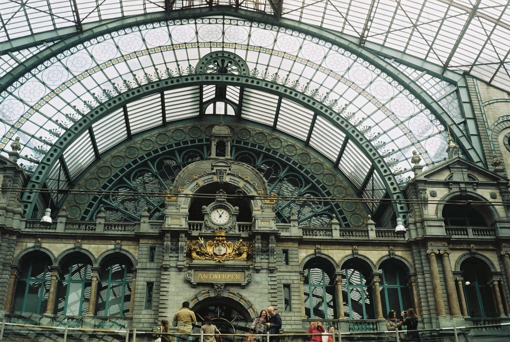 ANTWERP_HOTEL WEEKEND_ CENTRAL STATION 1.JPG