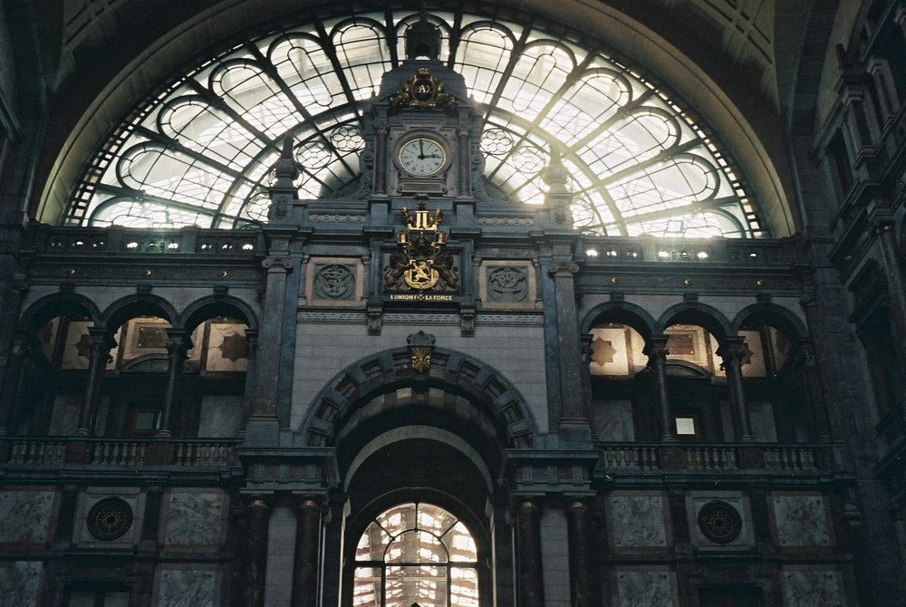 ANTWERP_HOTEL WEEKEND_ CENTRAL STATION 3.JPG