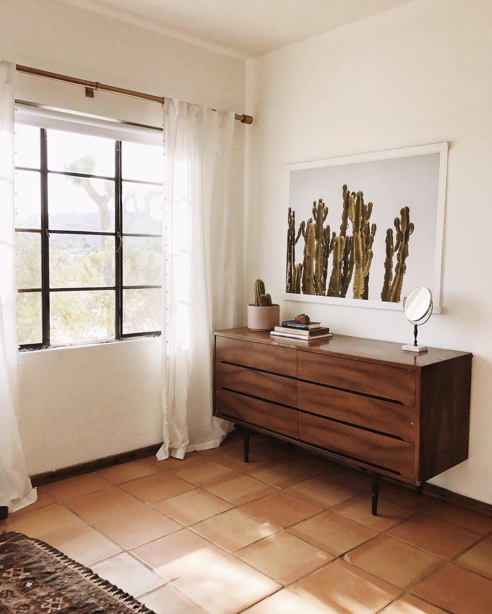 bedroom-corner.JPG
