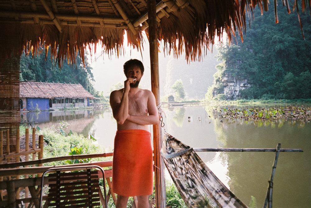 Vietnam-Hotel-W-Seq05.jpg