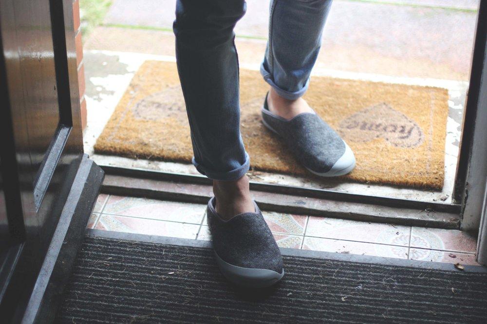 Jordan_Bunker_mahabis_slippers_8.jpg