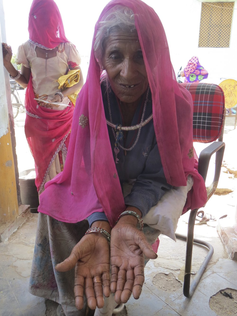 Hanja Devi, a ration card holder in Daulatpura in Ajmer, Rajasthan had made three trips that month to the ration shop in an effort to get her fingrprints authenticated in Aadhaar. Her fingerprints mismatch repeatedly.