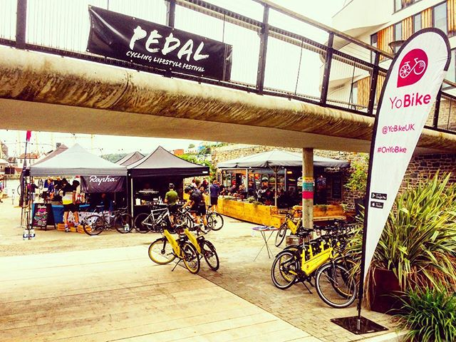 @rideculture_pedal and @yobikeuk at the #harbour side. The day is starting to look bright for the #scavengerhunt #rapha #discounts #prizes. Park your YoBike and get 100% discount at any of the event parking. See the app for the locations.  #greatcoffee from #origin too! #templecycles #quella #huntwheels #foreverpedalling