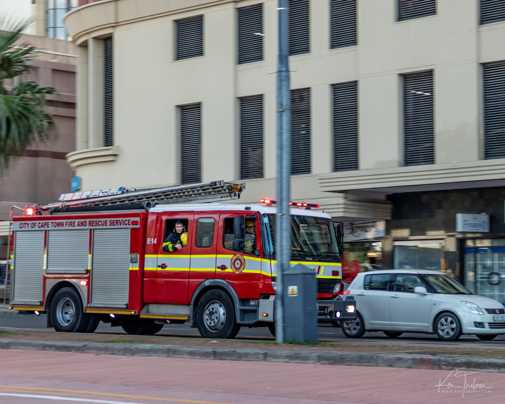 Cape Town Fire - Western Cape, 21 July 2018 South Africa 2018- by Ken Treloar Photography-3.jpg