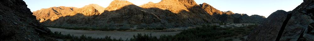 2017 - Fish River Canyon sunrise, near Ais-Ais - Namibia