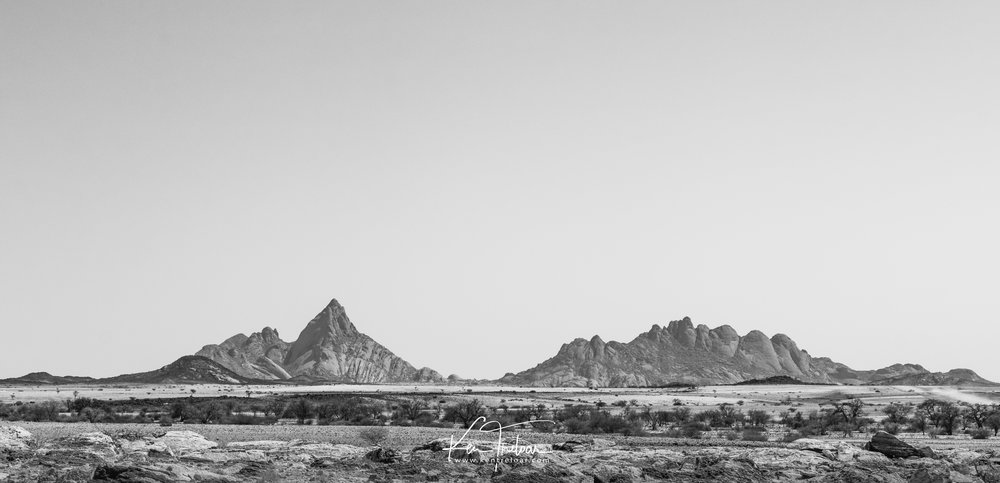Spitzkoppe View - Namibia (shot on a tripod) Camera: Canon 200D Lens: 24-70mm f/4 L 5522 x 2665