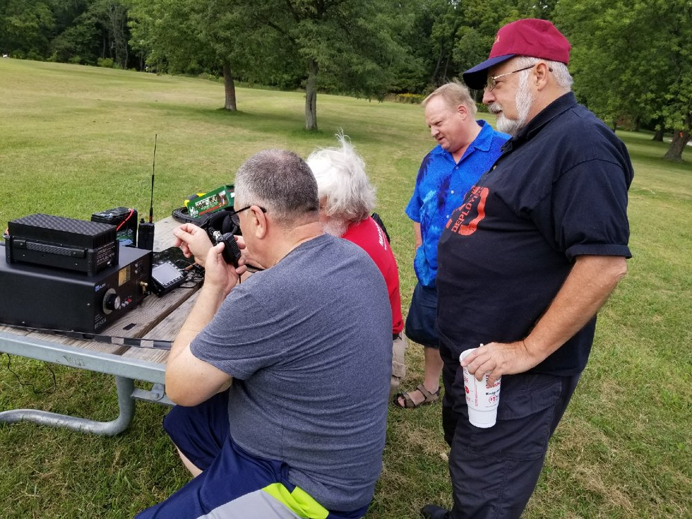 Another beautiful day in the woods. We set up in Bemis Park. George (KC9KU), Dick (WA9NNN), Frank Wilker, and Mel (NE9A).