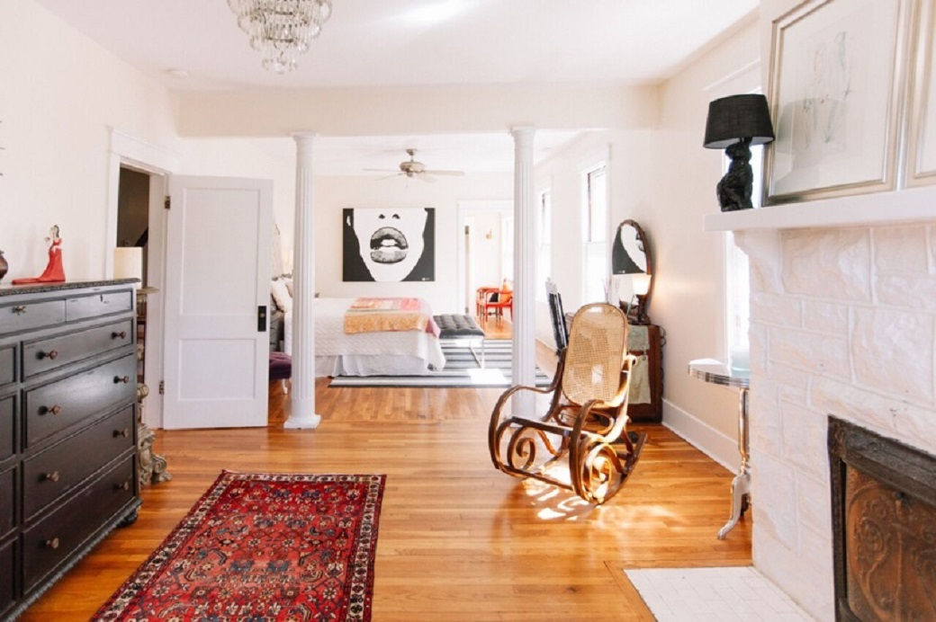 Jessica Davis's room