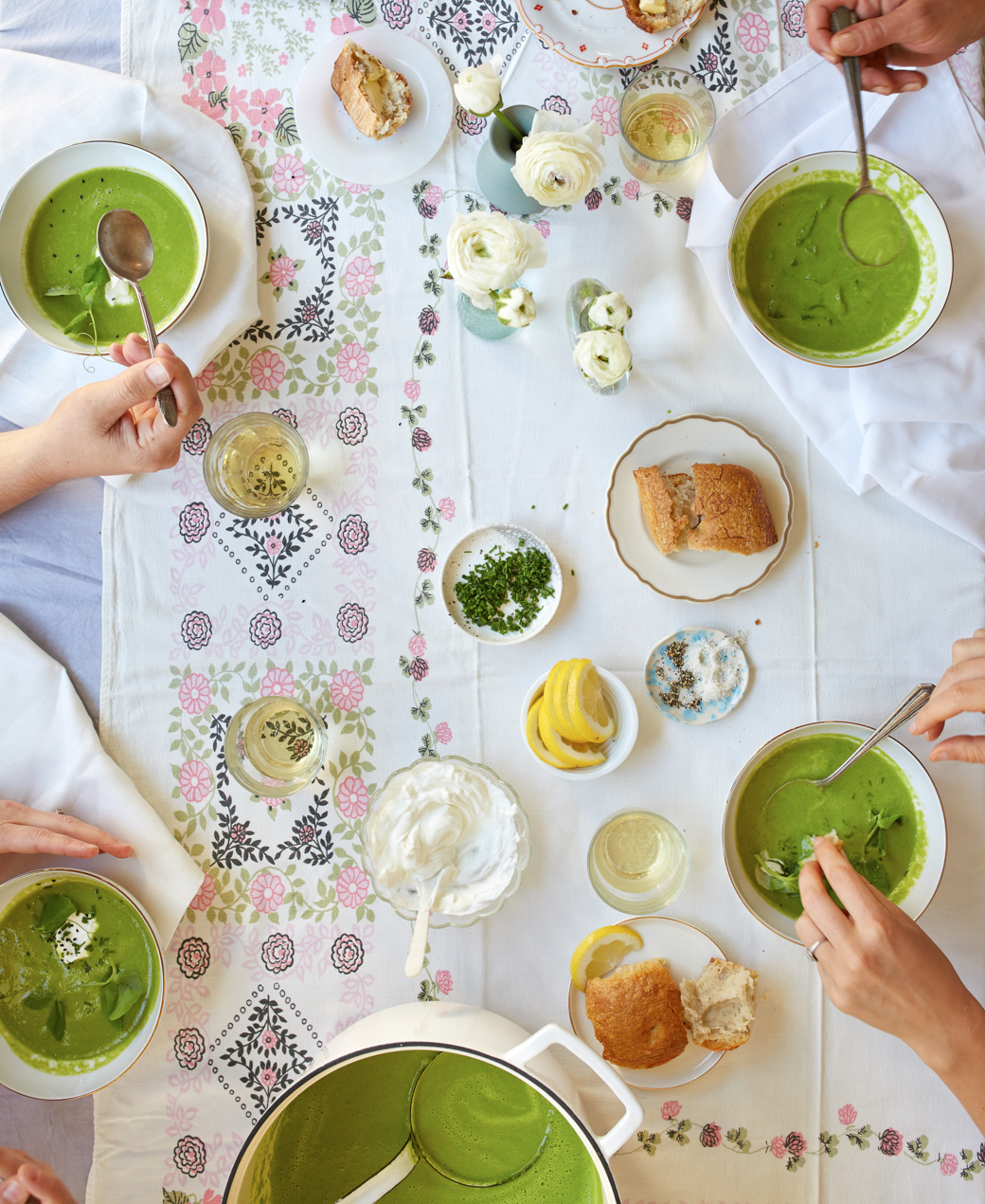 0001_Green Pea Soup with Chive Blossoms, Yogurt and Nigella