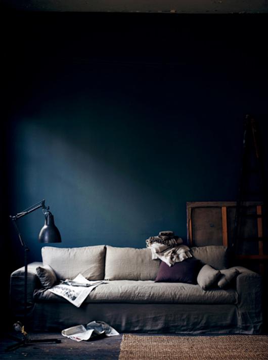 moodyblue_Hans Blomquist sofa
