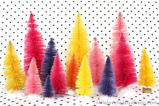 ChristmasTrends_BottleBrushTrees_7