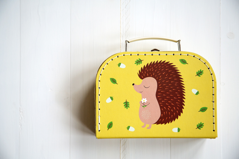 hedgehog_suitcase_decor8