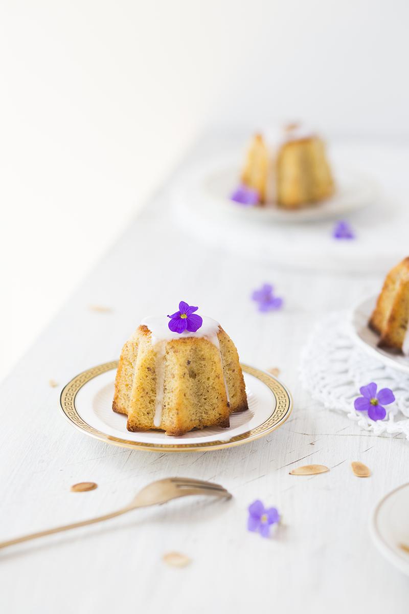 Almond-Yoghurt-Cake1