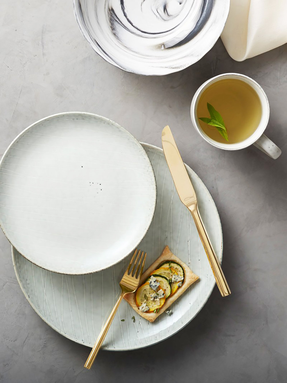 Solene pale mint dinnerware.