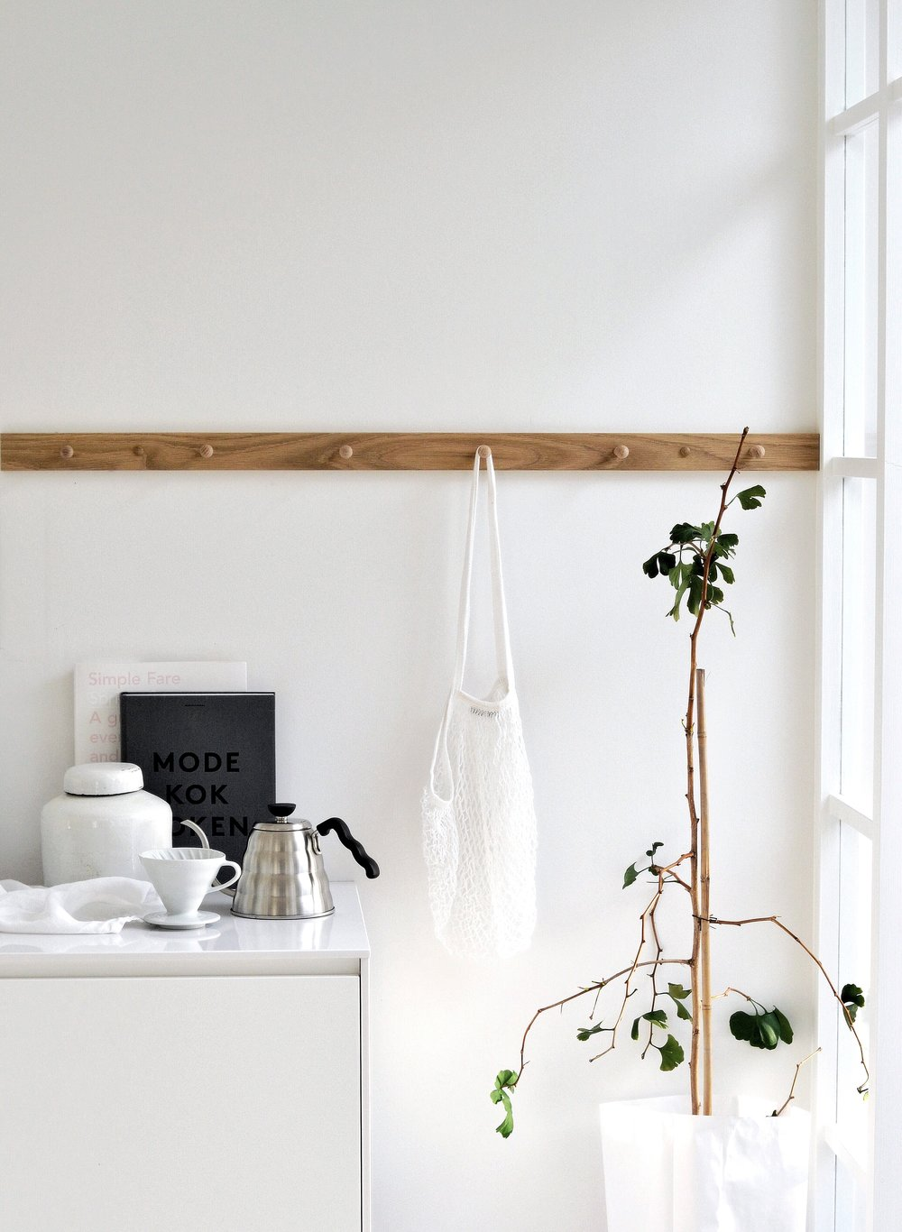 Tour a Minimalist Scandinavian Winter White Home