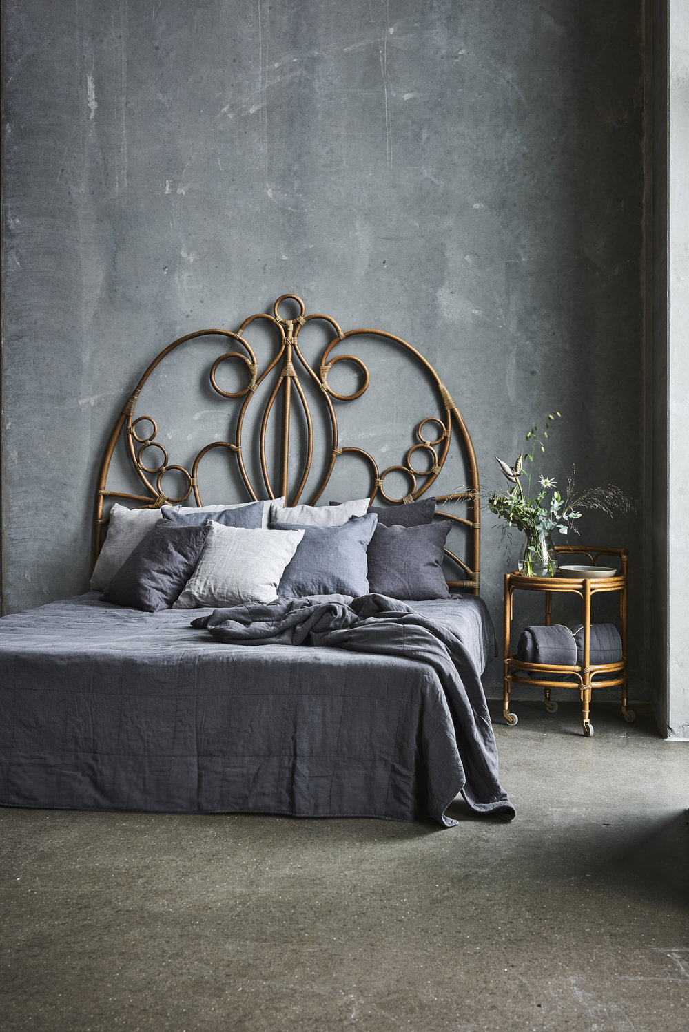 Natalia headboard / Fratellino Trolley