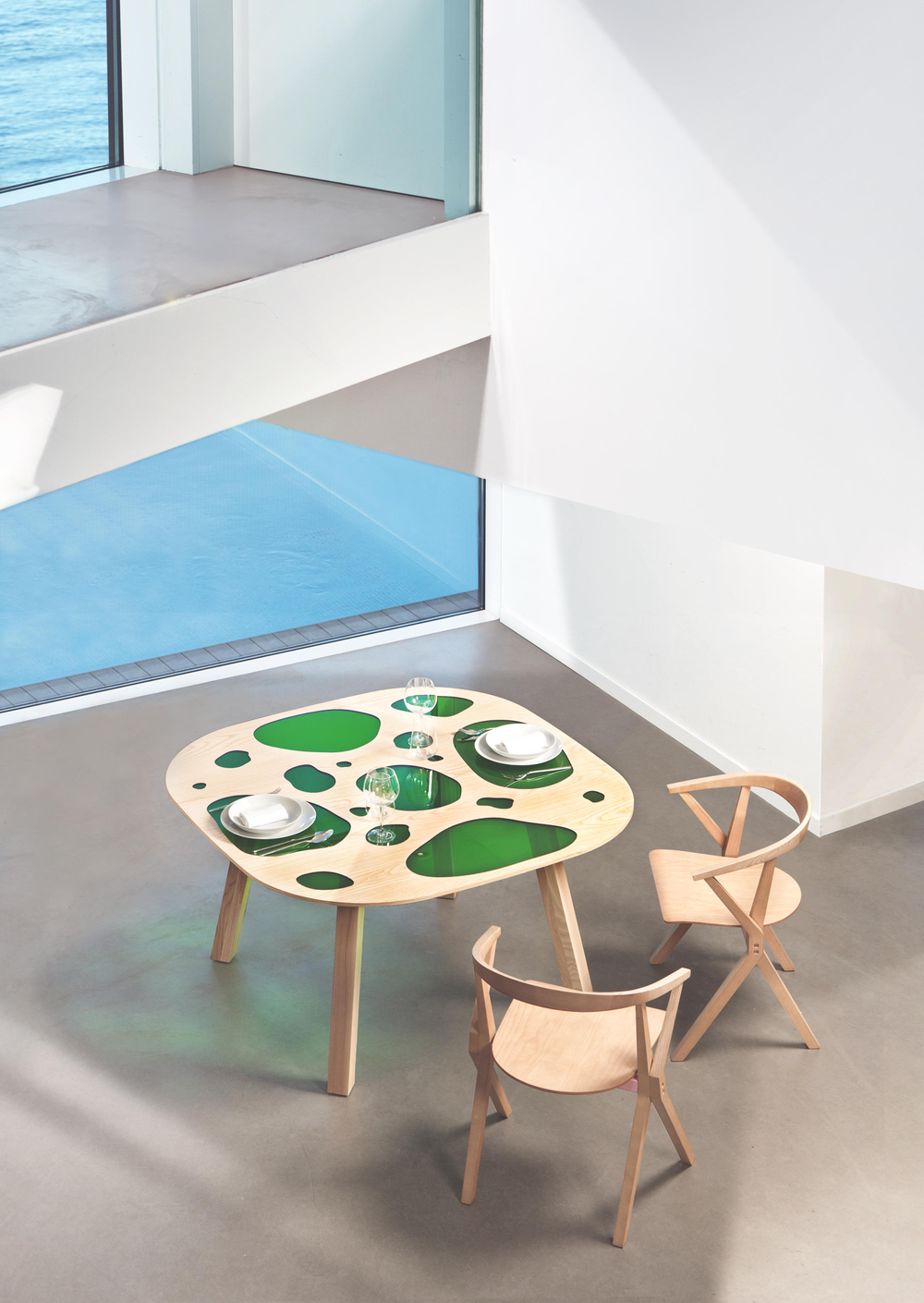 Aquario Table, Campana Brothers, 2016.
