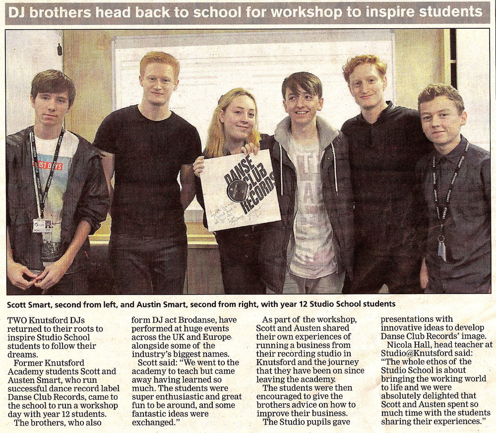Brothers and FutureDJs co-founders Austen & Scott visit Knutsford Academy and deliver a music industry workshop to 20 students.