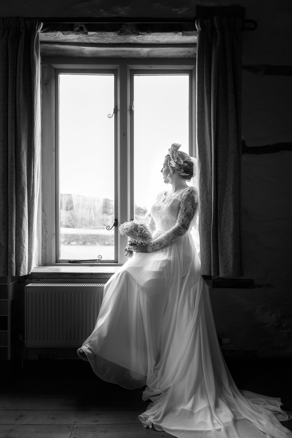 bride-in-window-01-bw.jpg