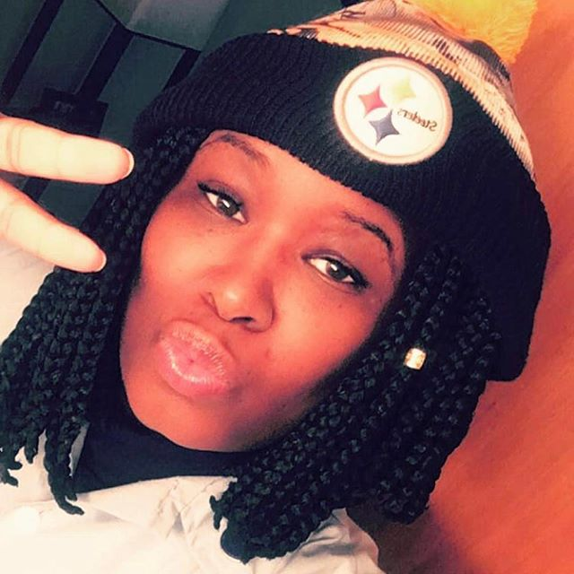 Happy bday to one of the coolest woman in the planet @mzhill1984 ☄️enjoy #shesasteelerfan😎