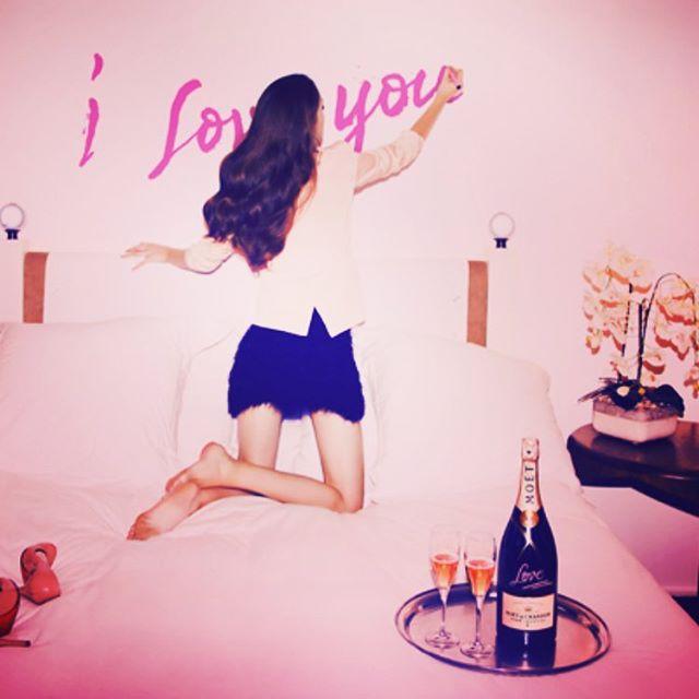 ❤️ Happy Valentine ❤️ #love #365dagenperjaar🥂#moetchandon #rosechampagne