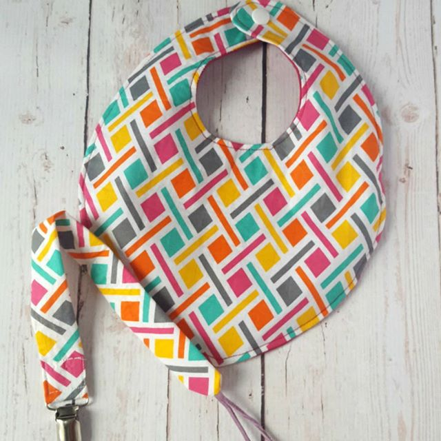 I am totally digging this baby gift set, complete with bandana bib and pacifier clip. This print is so bright and colorful, and is perfect for summer. Shop now at: http://etsy.me/2qGLcZ0 . . . . . . #etsystore #etsyshop #etsyseller #etsylove #igshop #handmadebib #dribblebib #bandanabib #handmade #shophandmade #igbaby #igbabies #babyshop #babygiftideas #babyfashion #pacifierclip #teetherclip #dummyclip #paciclip #repost
