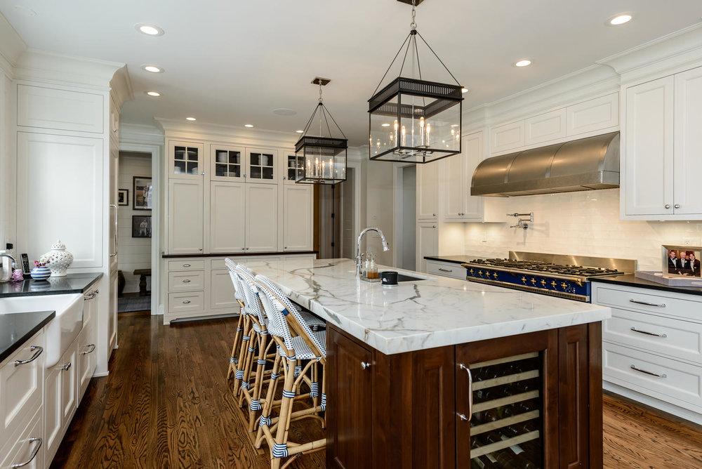 5 Burrma Rd Lloyd Harbor NY-large-017-58-Kitchen-1499x1000-72dpi.jpg