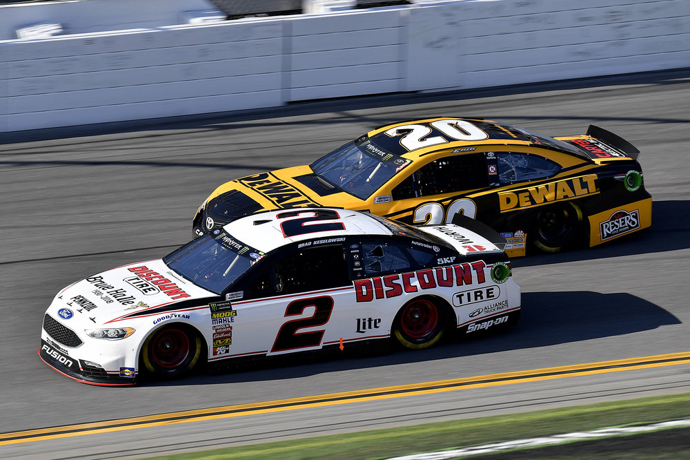 Brad Keselowski in the #2 Discount Tire Ford