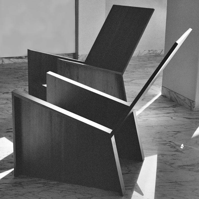 Armchairs in reclaimed teak wood.   Sessel aus gebrauchtem Teakholz.